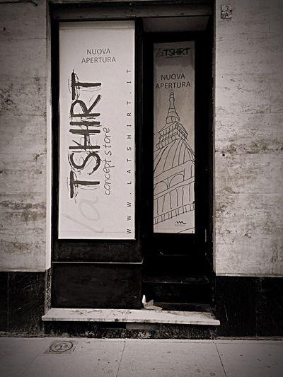Newshop Comingsoon Workinprogress Torino Torinoélamiacittá Torinocomics Latshirt Nuovonegozio Prossimaapertura Rattazzi3