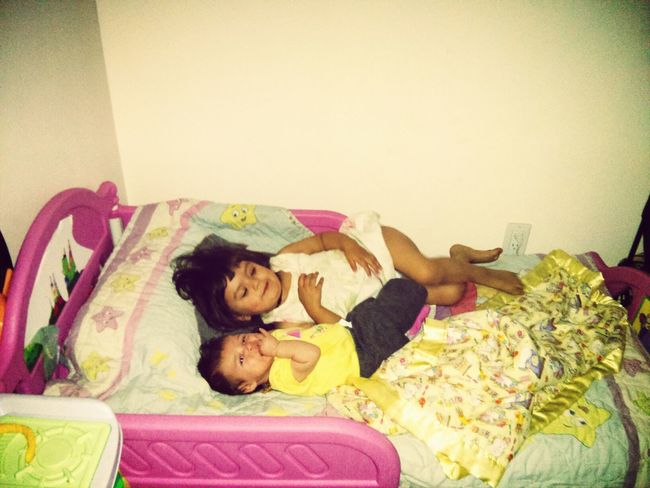 sister time! loved by each others.,..so cute! :) Hanging Out Sisters ❤ I Love You ! Quality Time With Little Sister