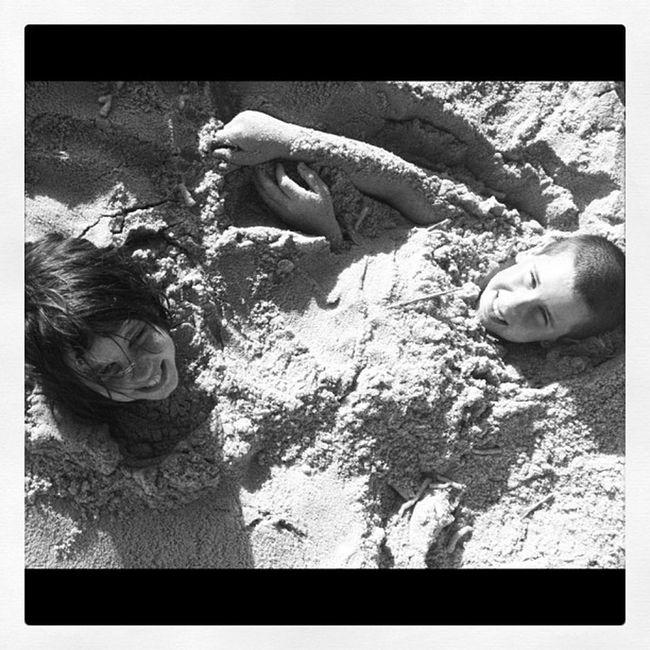 Northcarolina Oakislandnc Mylife Kidsphotography Saltlife Looking For Buried Treasure Buried In Sand Fun In The Sun