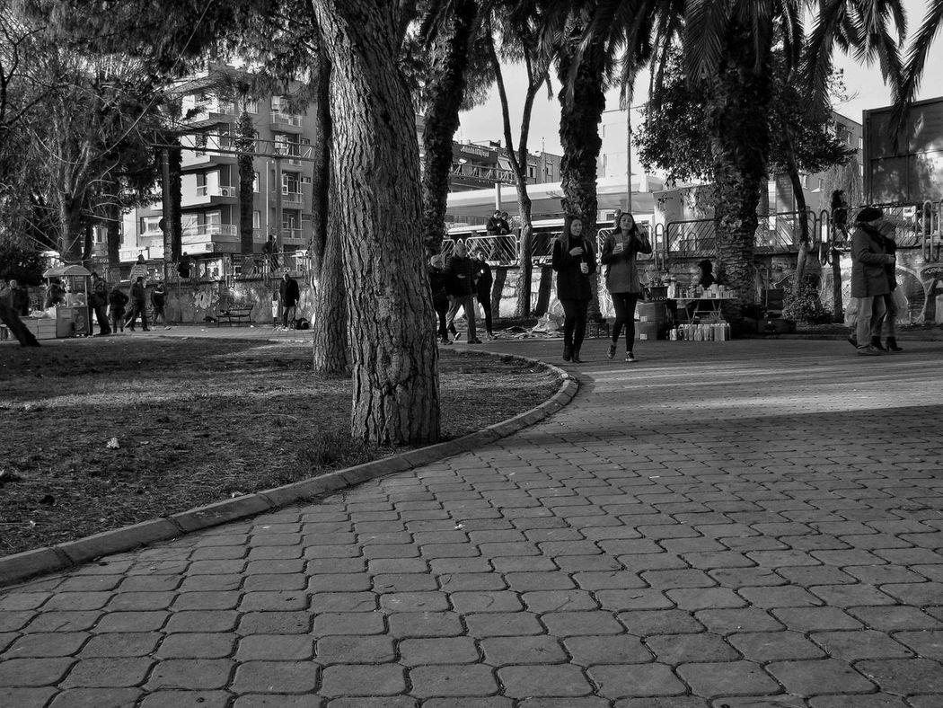 City Day Nature City People Canonphotography Turkey Eyem Photographer Izmir Türkiye Siyah Beyaz Gri Tonlama Fotoğrafçı Fotoğrafçılık Fotoğrafçılar Yasincanolcay Olcayphotography Canon Photography Grey Day selamlar.