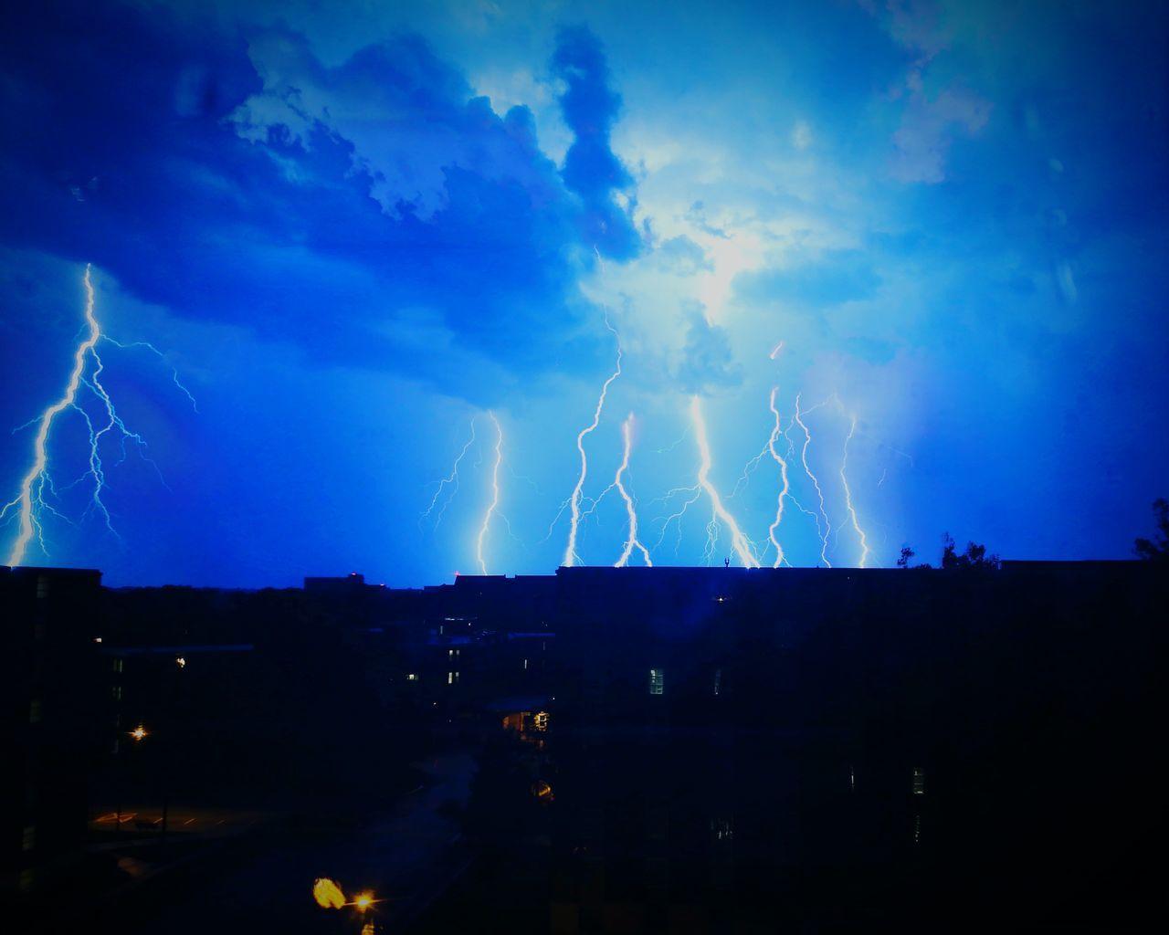 Lightning Lightning Thunderstorm Storm Storm Cloud Night Outdoors EyeEmNewHere Neon Life Honor 6x