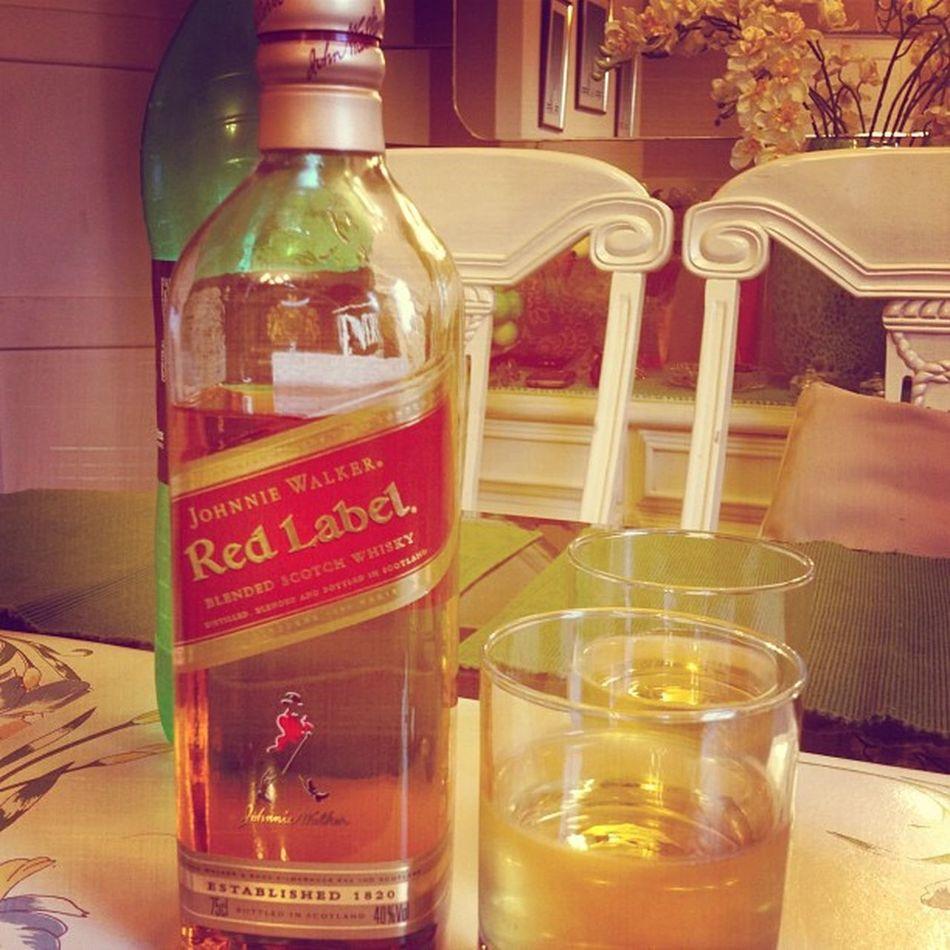 Salud con Whisky Redlabel Johnniewalker 29julio vivaelperu fiestaspatrias igersperu instagramperu