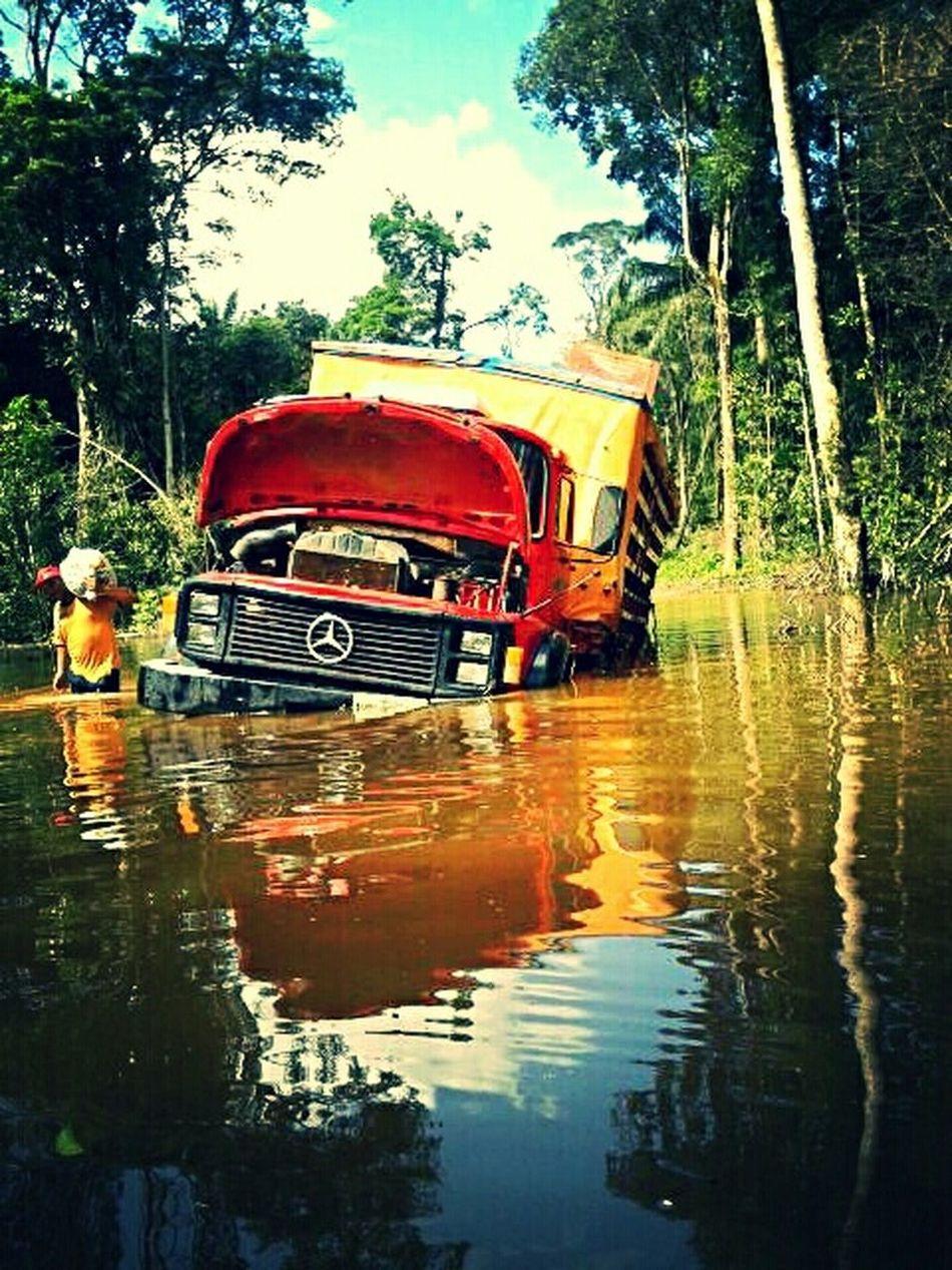 Natureza Furia Diasdeenchentes Truck