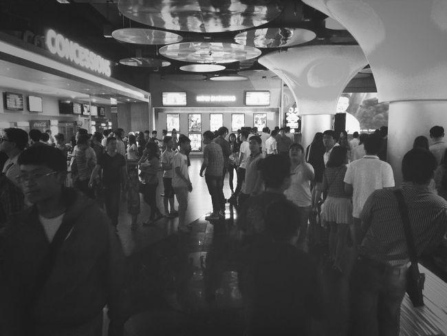 Đông vc .. Platinum Cineplex