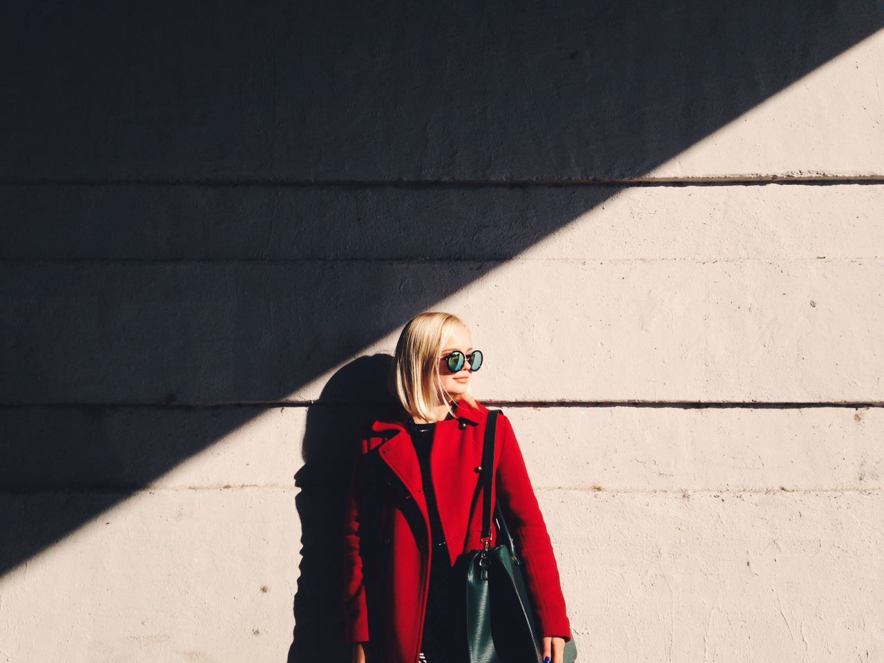 Outfit of the day Lifestyles Sunlight Real People Shadow Sunglasses One Person Beautiful Woman Clothes Portrait Beautiful Young Women Blonde