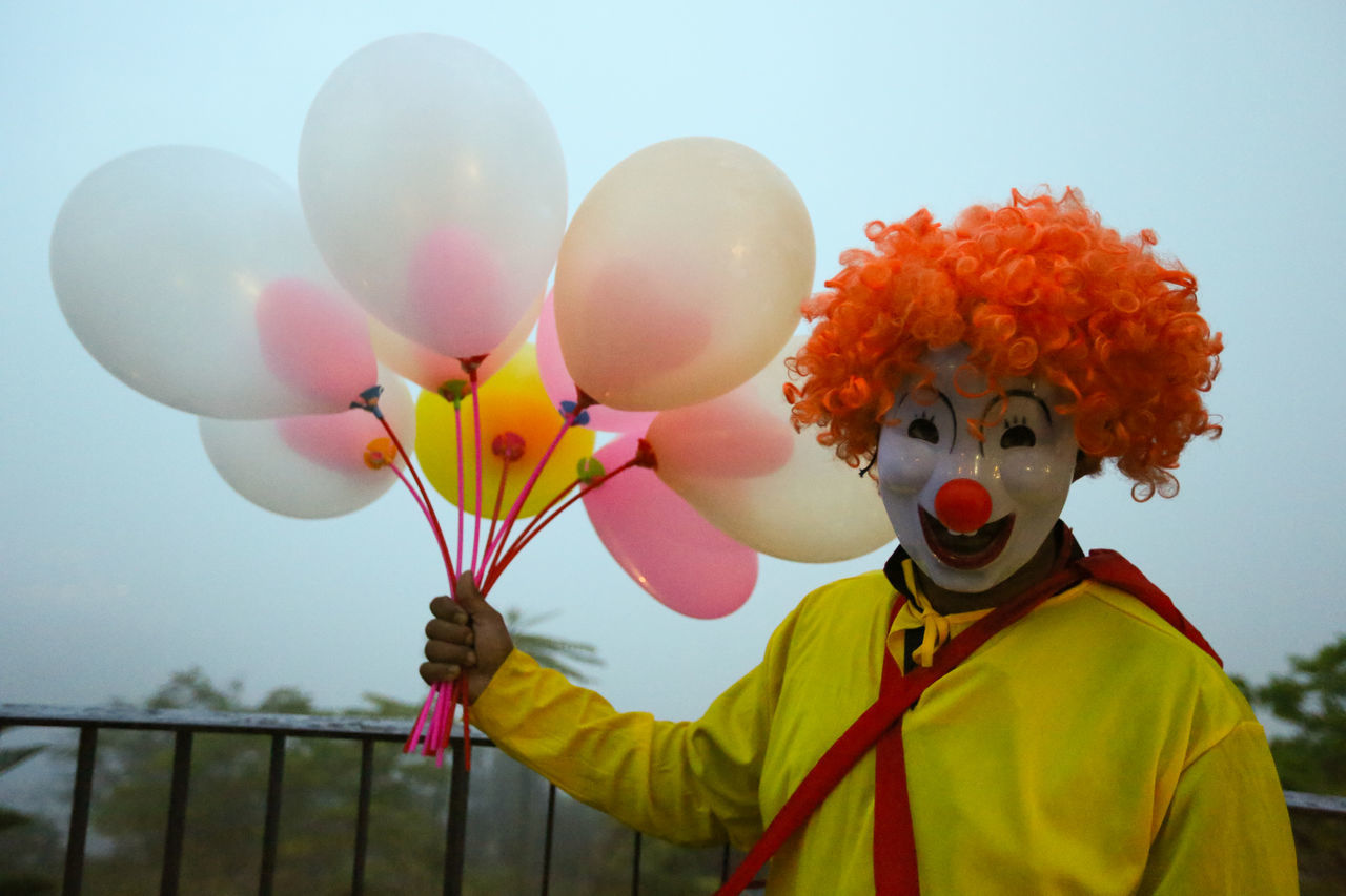 Beautiful stock photos of clown,  Adult,  Adults Only,  Balloon,  Bunch