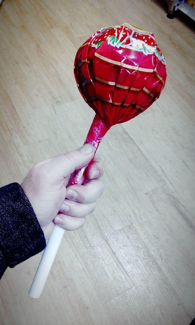 Chupachups The World's Largest Chupa Chups The World's Biggest Chupa Chups Thelargestchupachups Huge Lollipop Thebiggestchupachups Huge Chupa Chups All Day Sucker Check This Out Chupa Chups Lick This Lickthis Lolipop :) BIG Hands In Frame BigChupaChups Huge Lollipops HugeChupaChups Big Chupa Chups Big Lollipops Biglollipops Hugelollipops Hugelollipop Big Lollipop Biglollipop