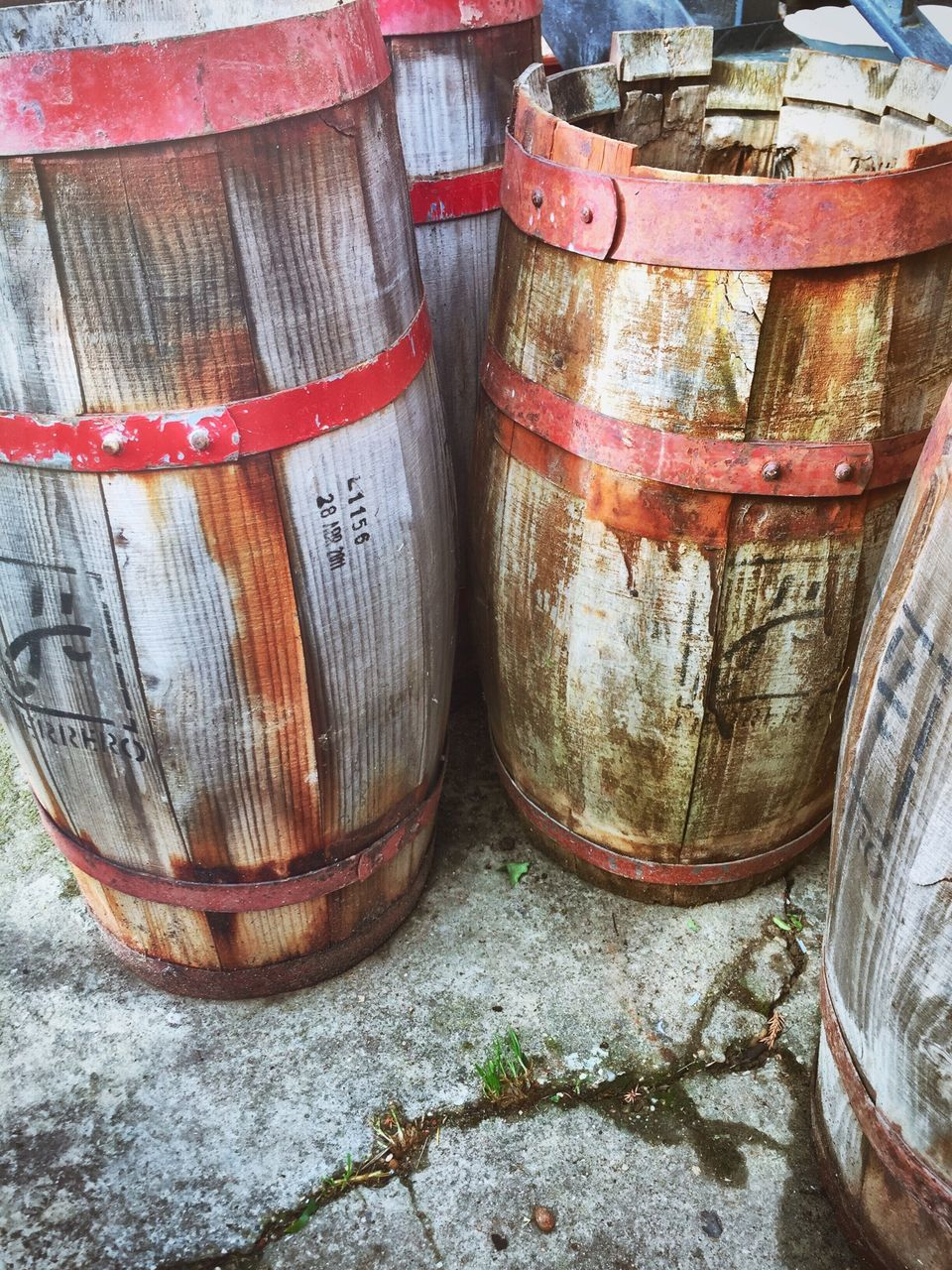 barrel, no people, container, day, outdoors, close-up, wine cask