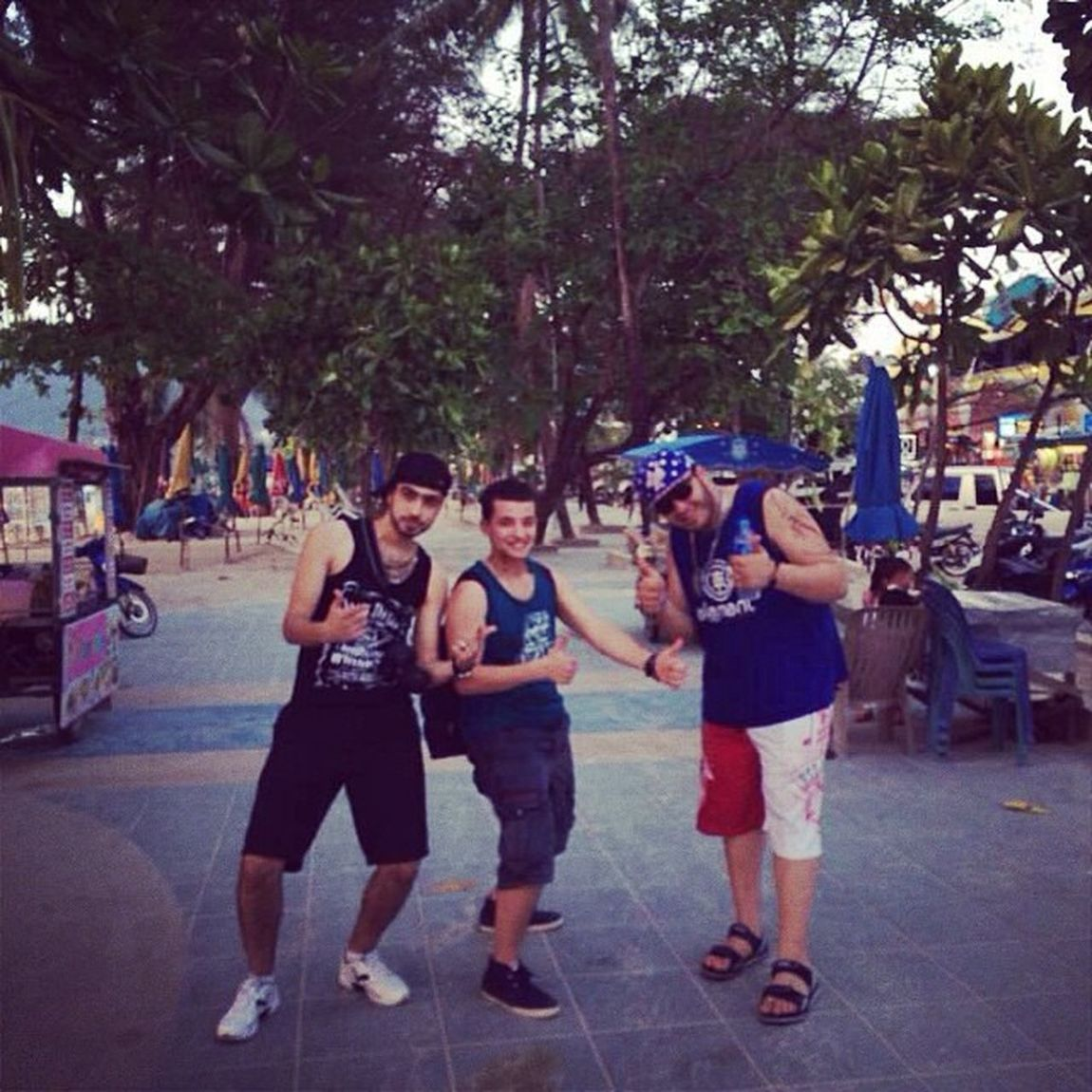 ?? ??? Havingfun Friends Phuket Patongbeach thailand