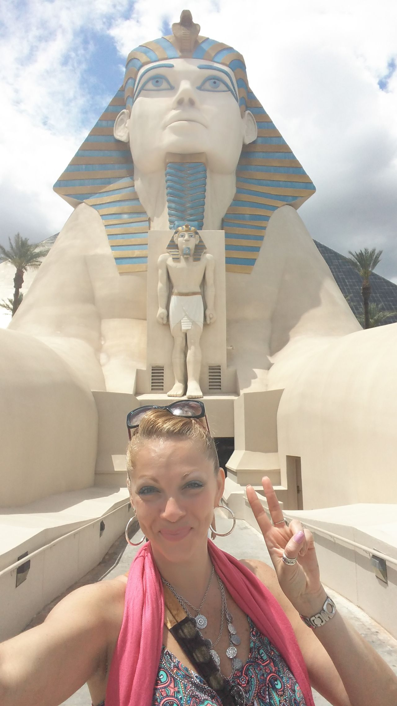 Solo birthday trip to Vegas! Feel The Journey Vegas  Solo Trip Solo Traveler! Meeting Strangers Hello World Peace Luxor Hotel The Sphinx Original Experiences Girl Power