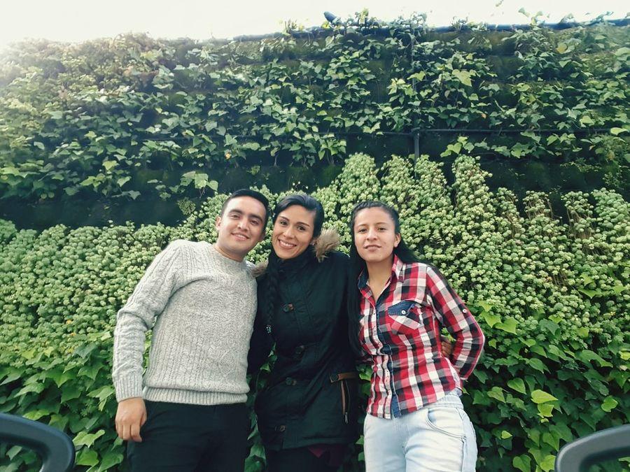 Amigos People Amigos And Mii Amigosreunidos Amigos :)