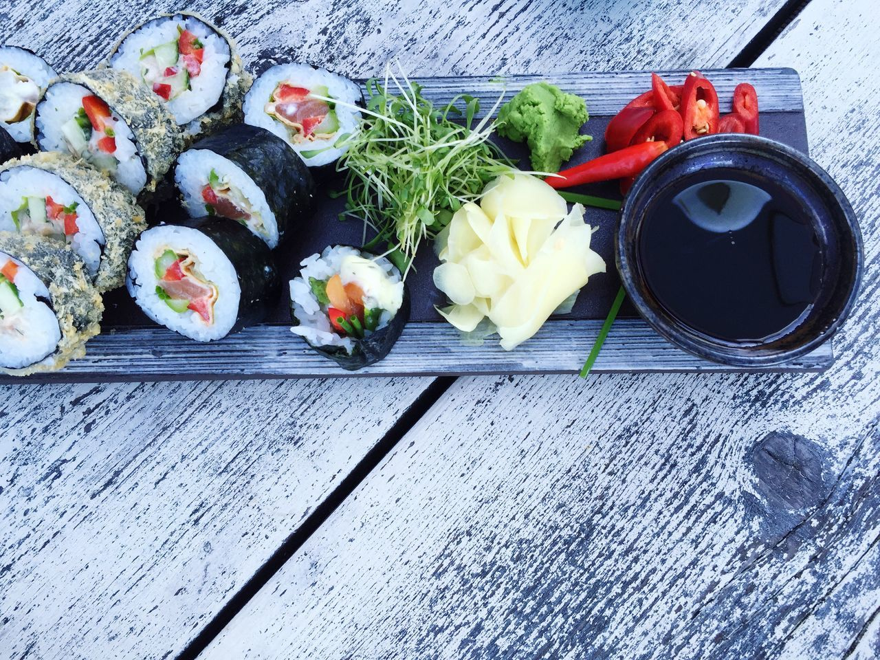 Sushi - I love it 😍 Sushi Sushi Time Sushilover Food Food Porn Foodphotography Healthy Eating Healthy Food