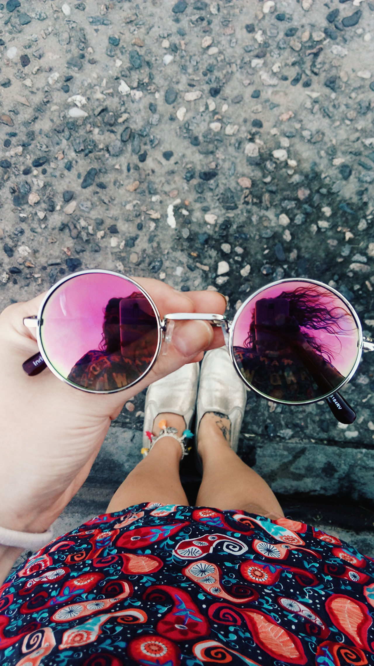High Angle View Summer Vacations Day Light Sky Women ExpressYourself Bloggerstyle Pink Blogger Lifestyles Style And Fashion Styleblogger Outfit Style Sunglasses Sunglasses Reflection Sun Gold Colorful Color Explosion Color Of Life Colors Millennial Pink