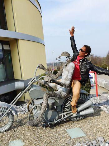 It's time to go! Switzerland Behappy:)