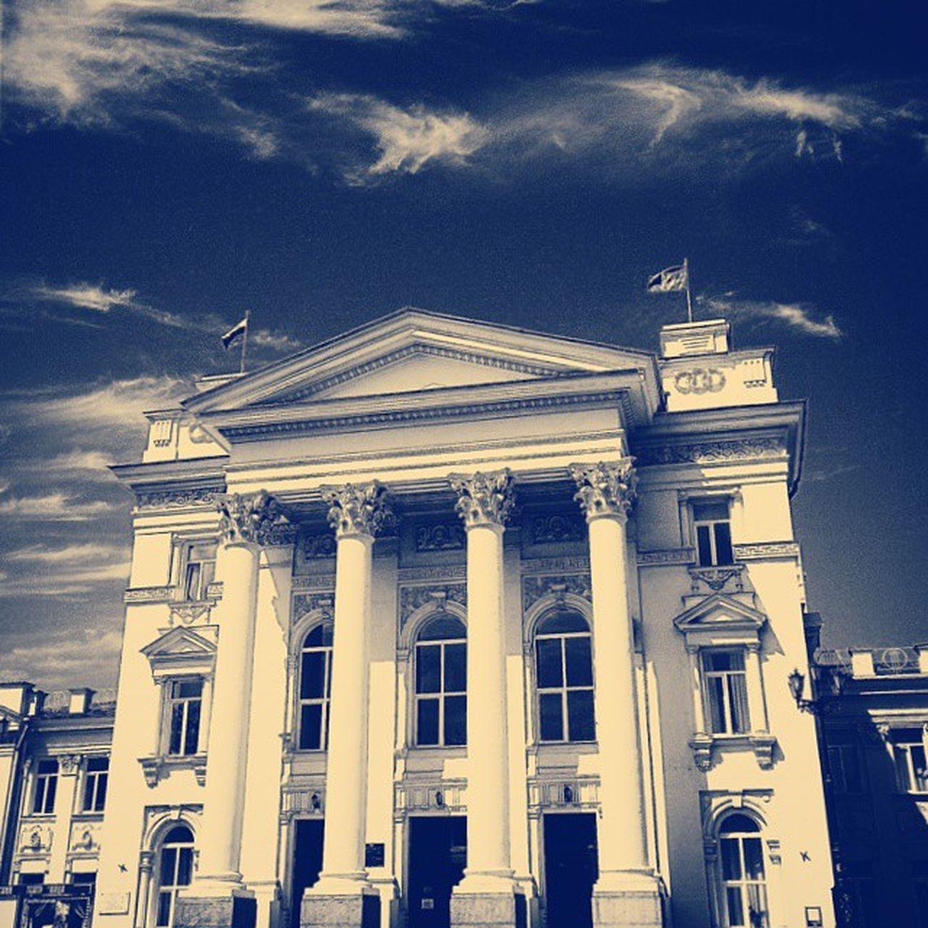 Немного переосмысленная фотография с парада на День ВМФ. Sevastopol  Day Photo Building sky clouds filter vscocam Nexus5 awesome architecture