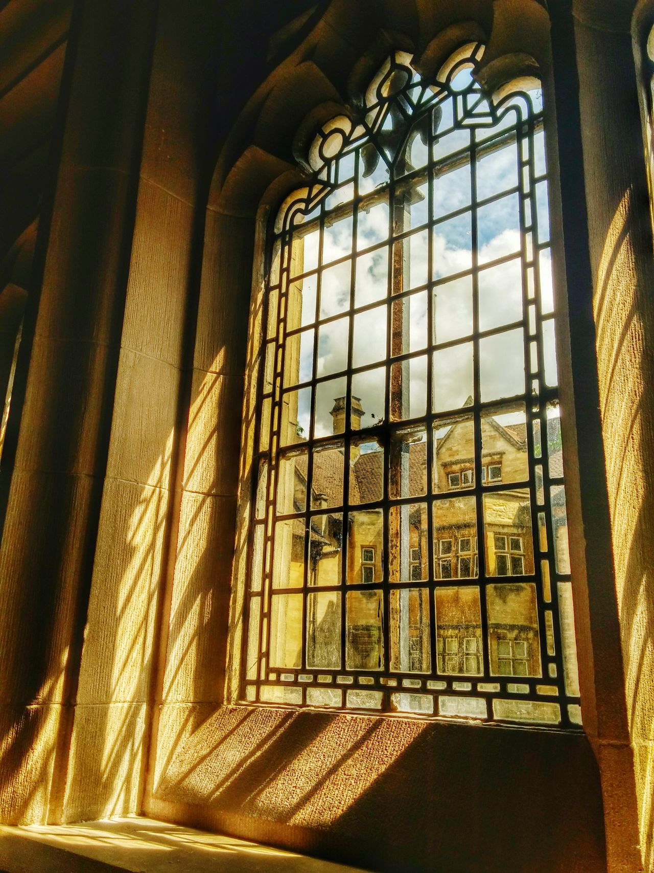 Oxford Window Sunbeam Light LGg3photography Mobilephotography