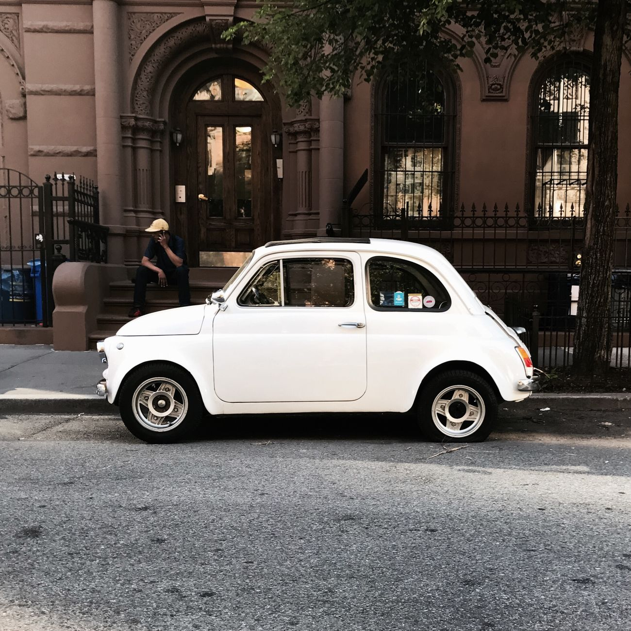 Flat Fiat | #streetphotography #people #spring2017 #manhattan #nyc #fiat #clasicauto #timyoungiphoneography