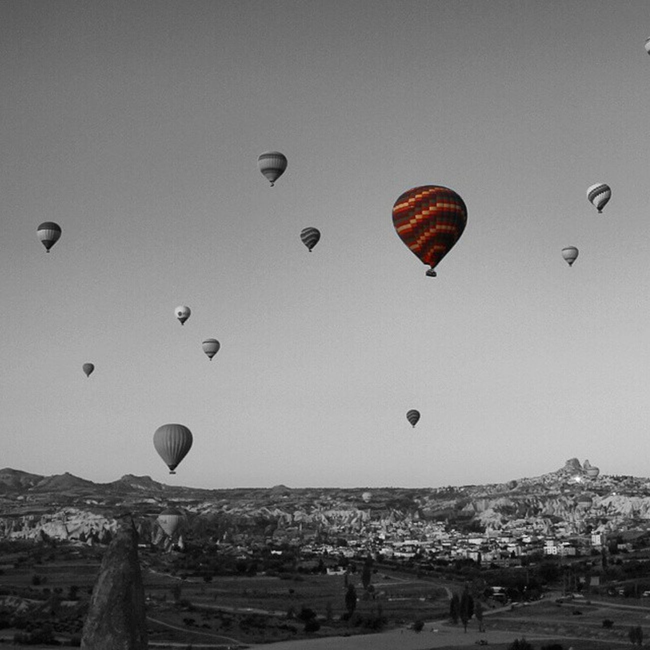 Canon Eos60d Photo Like4like Anıyakala Fotograf Benimgözümden Benimkadrajım Benimvizorum Günbatımı Gununkaresi Ig_eurasia Exifx Hayatakarken Objektifimden ürgüp Balloons Balon Kapadokya Cappadocia Göreme Fotosentez Followmee Altinvizor Fotogulumse_ gününkaresi splash_oftheworld otelzcom