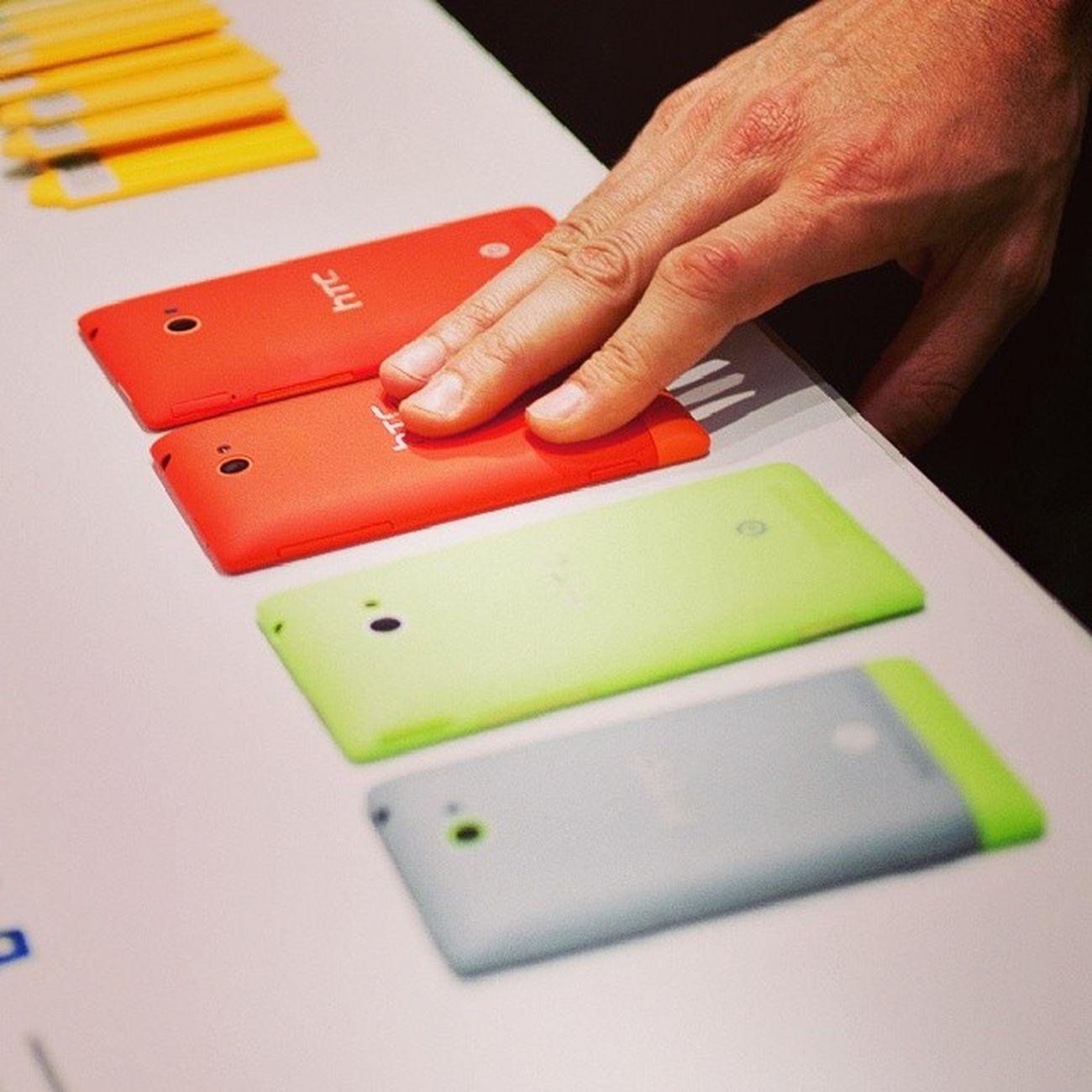 Красный или салатовый - вот в чем вопрос. HTC Htc8x Htc8s WP8