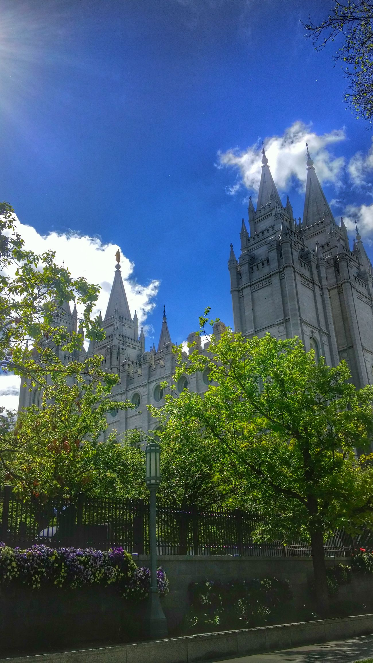In color Temple Square Check This Out Salt Lake City Taking Photos Streetphotography The Great Outdoors With Adobe The Street Photographer - 2016 EyeEm Awards EyeEm Best Shots To My Friends That Connect Tadaa Community From My Point Of View Ladyphotographerofthemonth Vacation