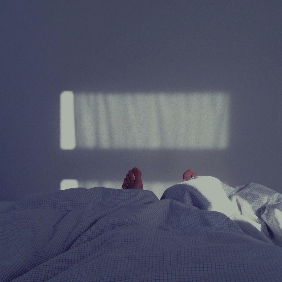 Beautiful stock photos of sleep, Barefoot, Bed, Bedroom, Bedsheet