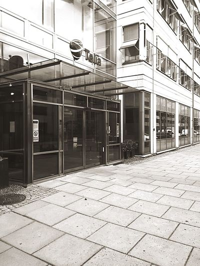 Telia Taking Photos Outdoors Phone Photography IPhoneography Welcome Visiting Company Showcase March Blackandwhite Gothenburg Street
