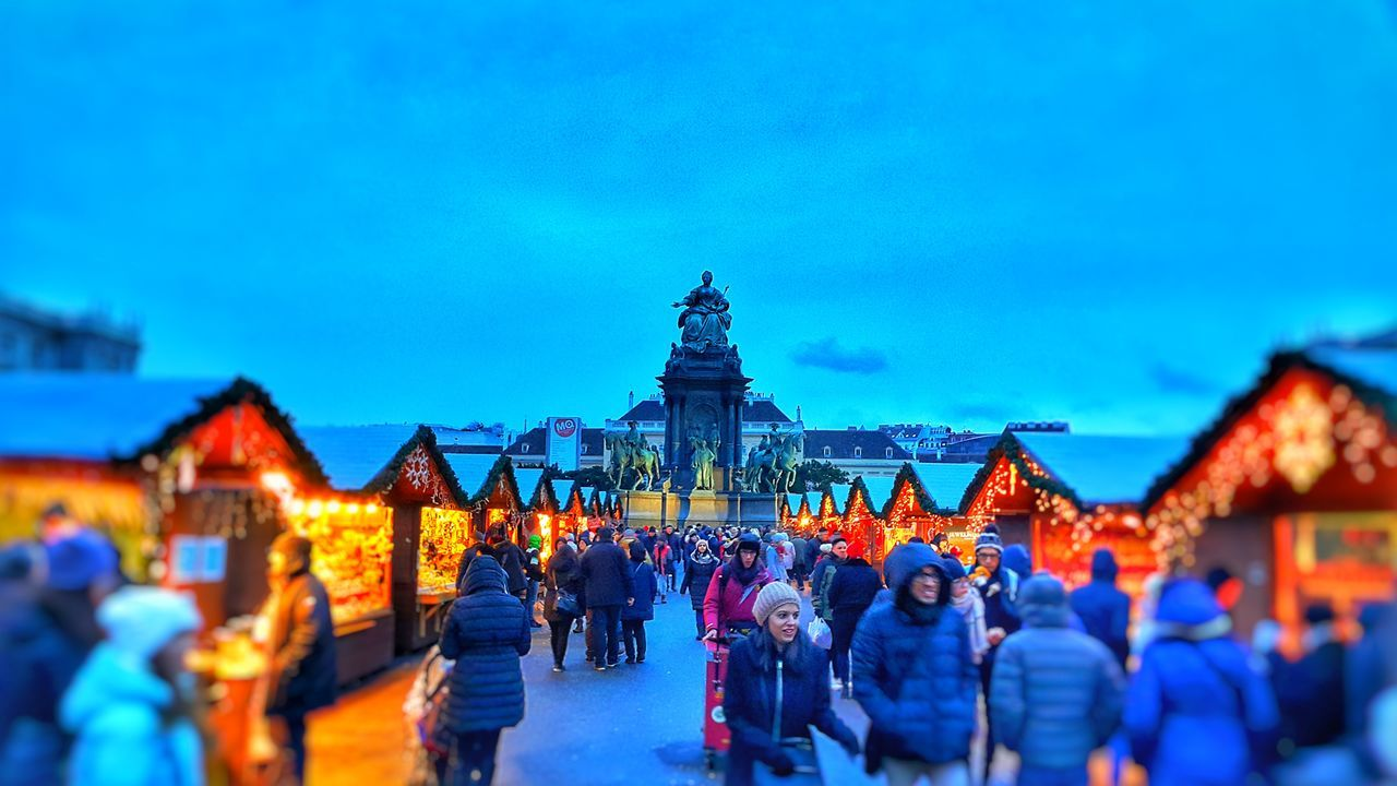Vienna_city Architecture Travel Destinations Outdoors Large Group Of People City Palace Of Fine Arts Austria ❤ Christmas Markets Live For The Story The Great Outdoors - 2017 EyeEm Awards The Street Photographer - 2017 EyeEm Awards