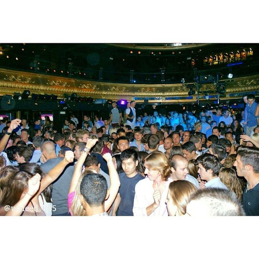 at Disco and Nightclub JoyEslava Discoteca in CalleArenal calle_arenal having fun. fabulush night. madrid spain españa Taken by my SonyAlpha dslr a200. Taken in my 2012 summer trip مدريد اسبانيا ديسكو موسيقى