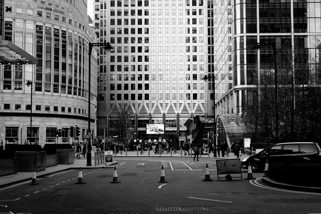 Canary Wharf Architecture Architecture Building Exterior Built Structure Canada Square Canary Wharf City Day Empty City Empty Places Floating Lotus Grid Hidden Gems  Isolation Leading Lines London No People One Canada Square Outdoors Urban Geometry Zombie Land