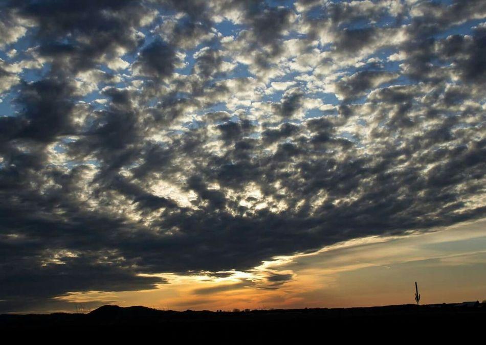 Sunset Wisconsin MidWest Sunset #sun #clouds #skylovers #sky #nature #beautifulinnature #naturalbeauty #photography #landscape