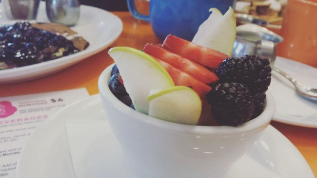Breakfast at Jellys in Denver Colorado  Fruit Nomnomnom