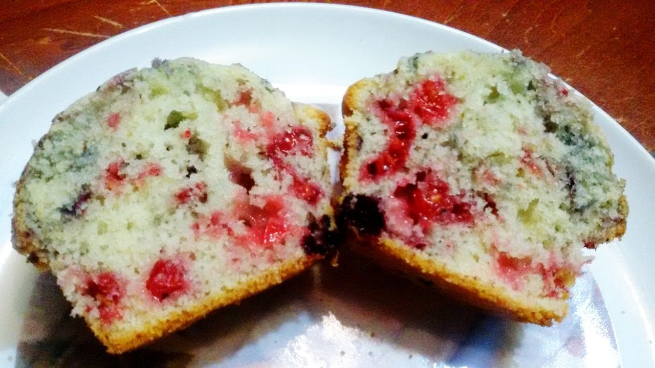 Ready-to-eat Sweet Food Baked Muffinsaifruttidibosco Muffins Mini Foodporn Foodie Baking Fun Cellphone Photography Chezmoi Cellclick Good Times Muffins Cellphoneshot Muffins <3 Dessert