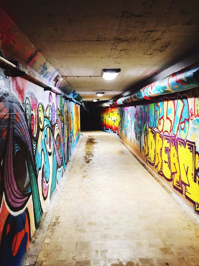 There's always a light at the end of the Tunnel ✨ Art Tumblr Hipster Graffiti Graffiti Art Enjoying Life Swag Colors Artistic Photography Urban