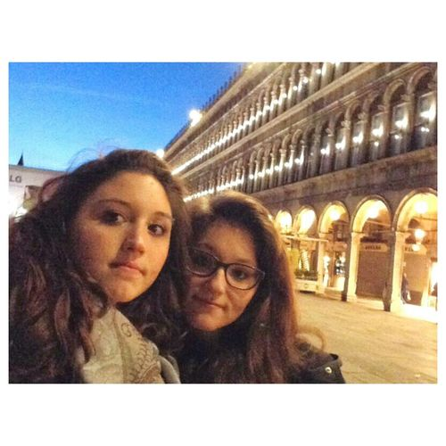 some quality sisters time in venice Sisters Girls Venice Hanging Out