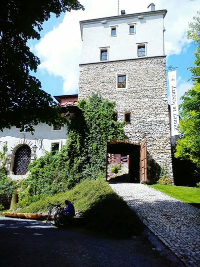 Castle Korzkiew Spend Night With Ghosts Clear Sky Sunday Spring Lights