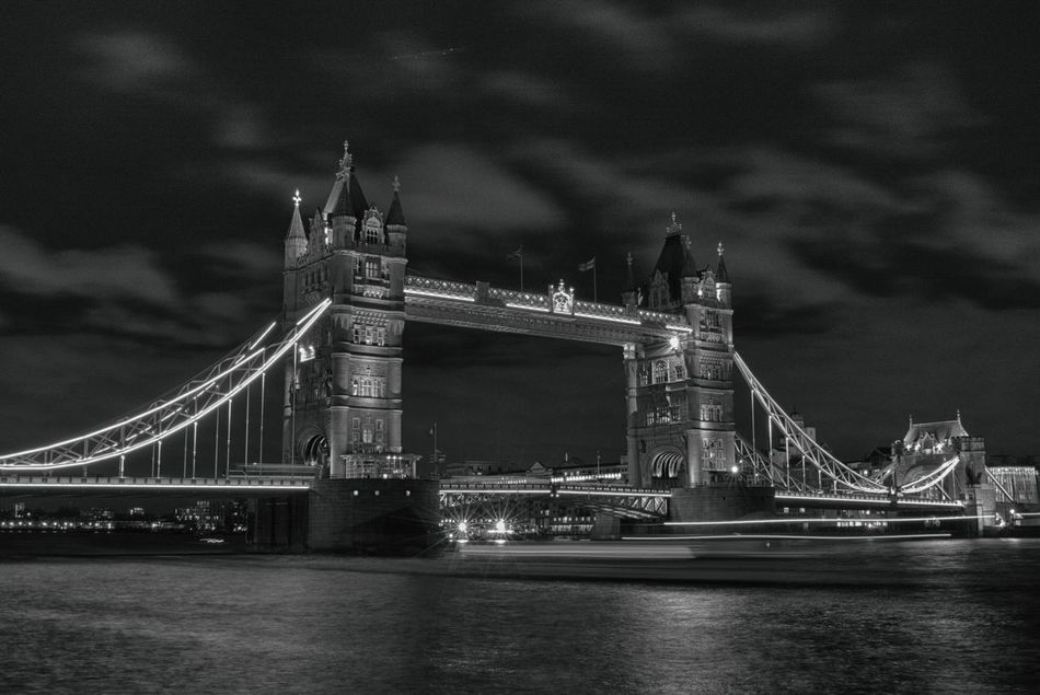 Tower Bridge @ night Architecture Architecture Architecture_collection Blackandwhite Bridge Bridge - Man Made Structure Built Structure Chain Bridge City Engineering England 🌹 Illuminated London Long Exposure Monochrome Night Outdoors Suspension Bridge Thames River Tourism Tower Bridge  Travel Travel Destinations Uk United Kingdom