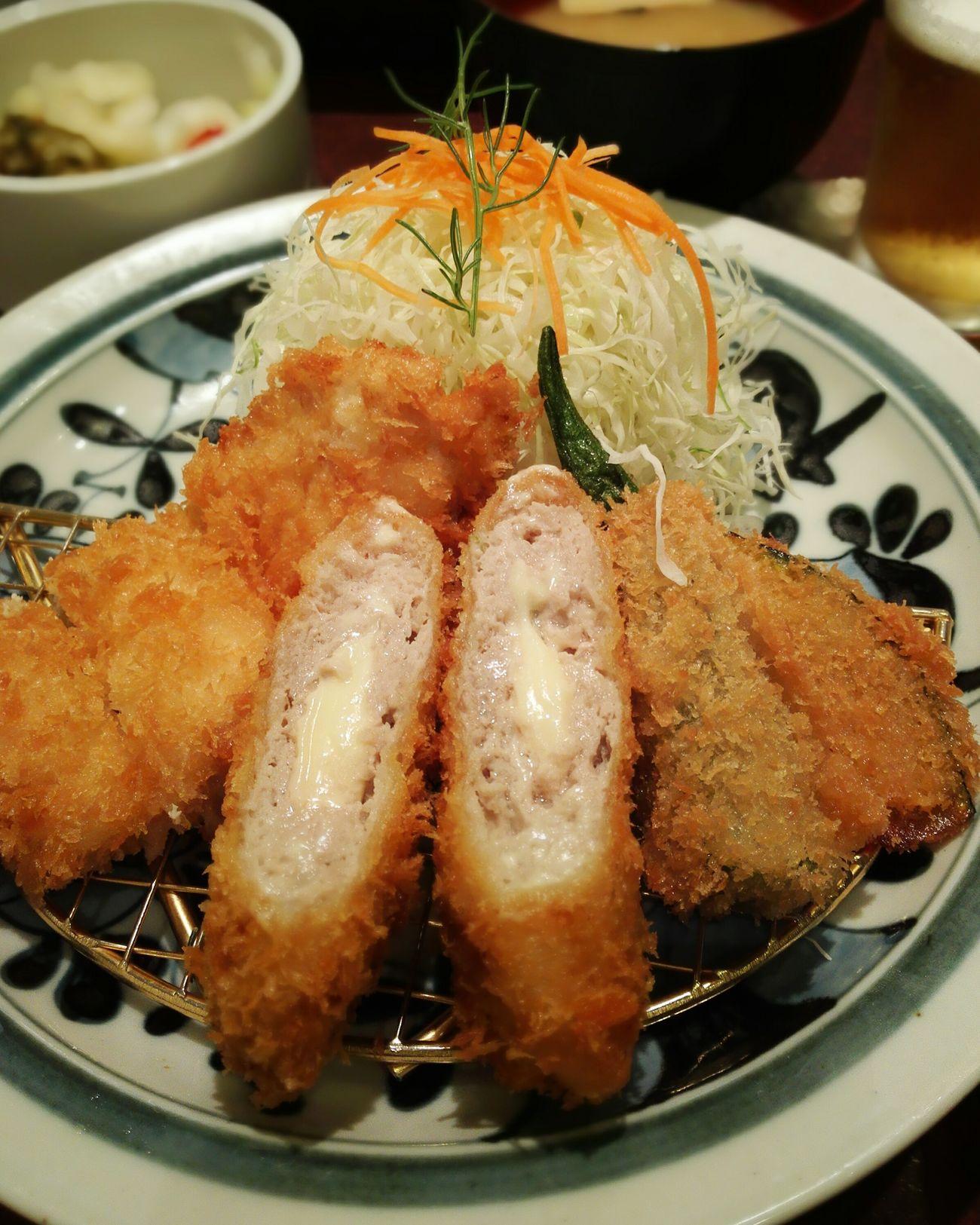 Tonkatsu at Hamakatsu✊ My World Of Food Foodporn In My Mouf Yammy  Chicken Katsu Vegitables Pork Cheese Beer in Tenjin,Chuo-ku,Fukuoka☔☔