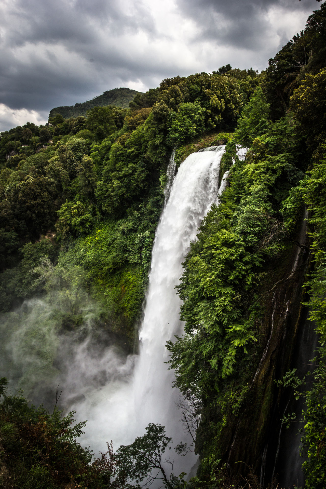 Waterfall of Marmore Beauty In Nature Cloud Cloud - Sky Day Green Color Italia Italy Landscape Long Exposure Lush Foliage Marmore Marmore Falls Marmorefalls Motion Nature No People Outdoors Scenics Sky Terni Tranquil Scene Tranquility Tree Water Waterfall First Eyeem Photo