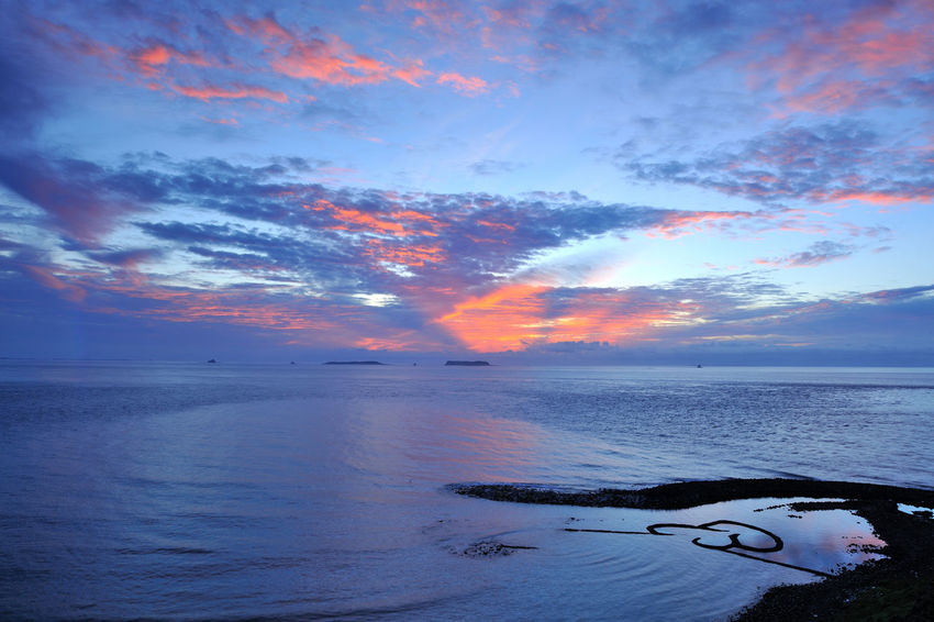 Scenic Penghu Taiwan coast, broad and grand, the four seasons have different feelings. Double Heart Stone Pool Natural Taiwan Beach Beauty In Nature Cloud - Sky Coastal Day Double Heart Fresh Horizon Over Water Landscape Nature No People Outdoors Peaceful Penghu Scenics Sea Seaside Sky Sunset Tranquil Scene Tranquility Water