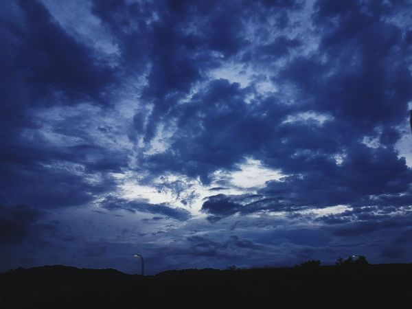 something's coming Dramatic Sky Cloud - Sky Weather Storm Cloud Scenics Nature Sky Beauty In Nature Landscape Outdoors No People Night