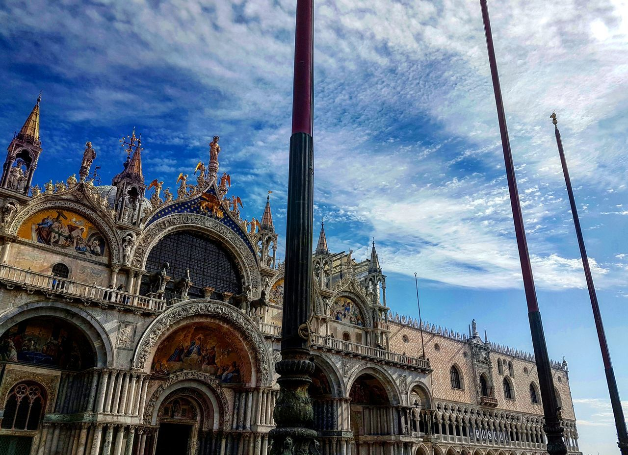 Piazza San Marco, Venezia, Italy. Venice Italy Piazza San Marco Sanmarco Low Angle View Sky Architecture Travel Destinations Traveling View Photooftheday Skyview Blue Sky Sky Collection Enjoying The View Travel Photography Landscape Venicelife Beautiful Day Photo Of The Day City Landscape Citylife Day Outdoors Amazing View EyeEmNewHere