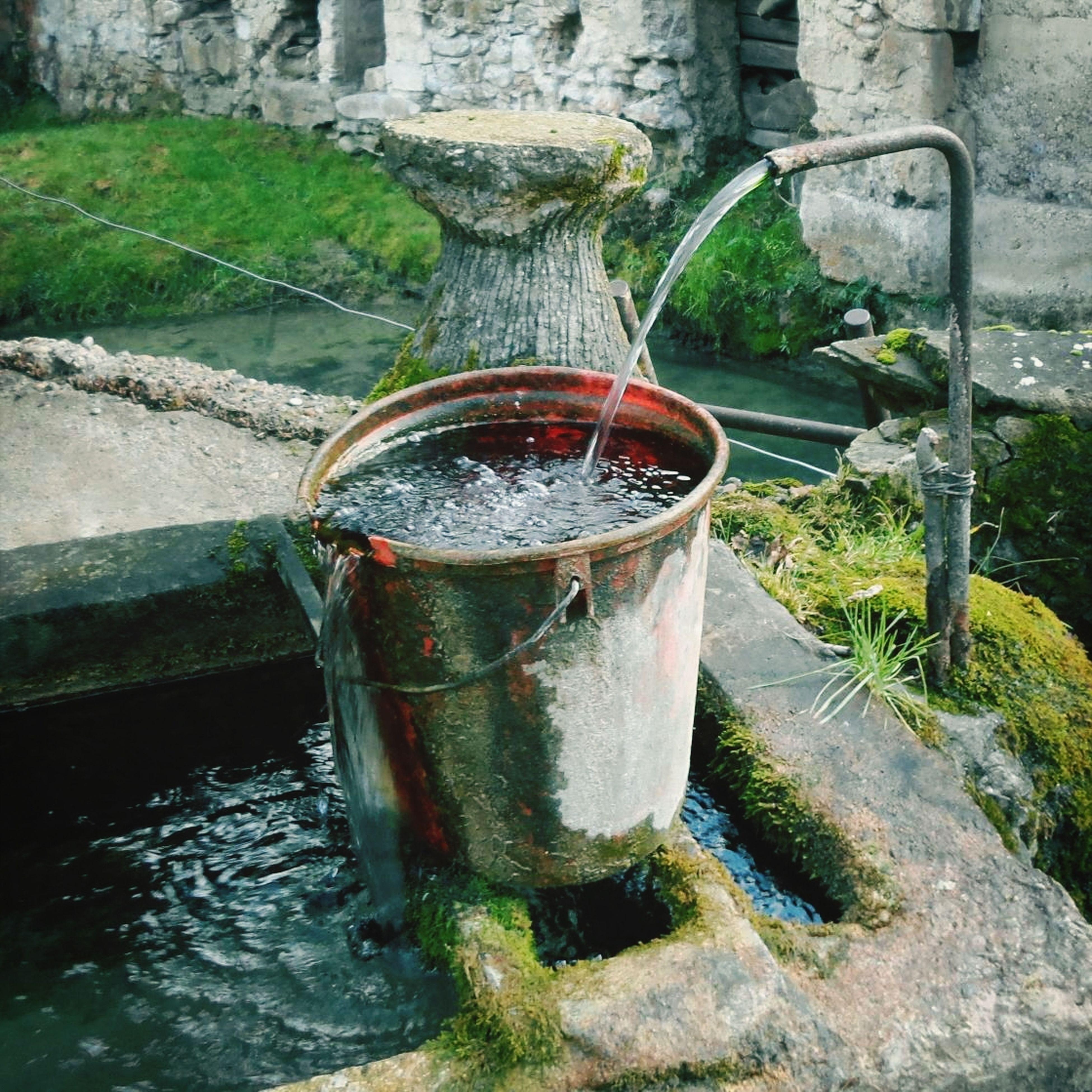 Fontaine De Bric Et De Broc Campagne