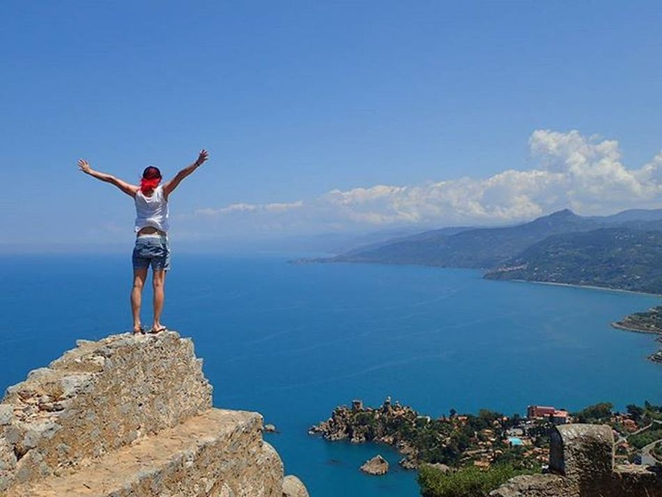 💃💃oN tHe toP of ceFaLu➡wHaT a vieW💃💃 Cefalu  Roccadicefalu Cefalu  Volgosicilia Bellasicilia Bellaitalia  Ig_visitsicily Wu_italy Larocca Sicily_tricolors Igersitalia Igerssicilia Maxjoy Girlonfire Ig_sicily Ig_sicilia Ridewithaview Onthetopoftheworld Trytokeepup Whataview Loves_sicilia Loves_nature Ig_sharepoint Ig_neverstopexploring Lifeisgood helloworld ilovesicily @b_a_c_k_ @mihamalus fromwhereistand thisiswow