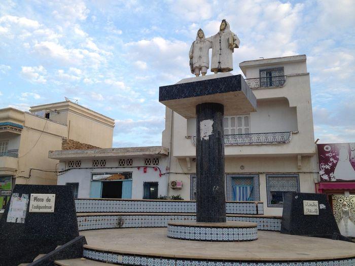 Place de l'indépendence, Béni Khiar Tunisia Architecture Building Exterior Built Structure City Cloud - Sky Day Low Angle View Nabeul No People Outdoors Sculpture Sky Statue