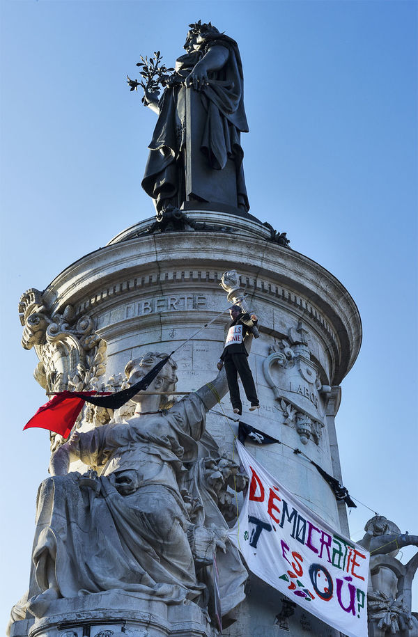 Architecture Building Exterior City Day Editorial  Editorialphotography Journalism Manifestation No People Nuit Debout Nuitdebout Outdoors Place De La République Place De La République Paris Reportage Revolution Sculpture Statue Urban