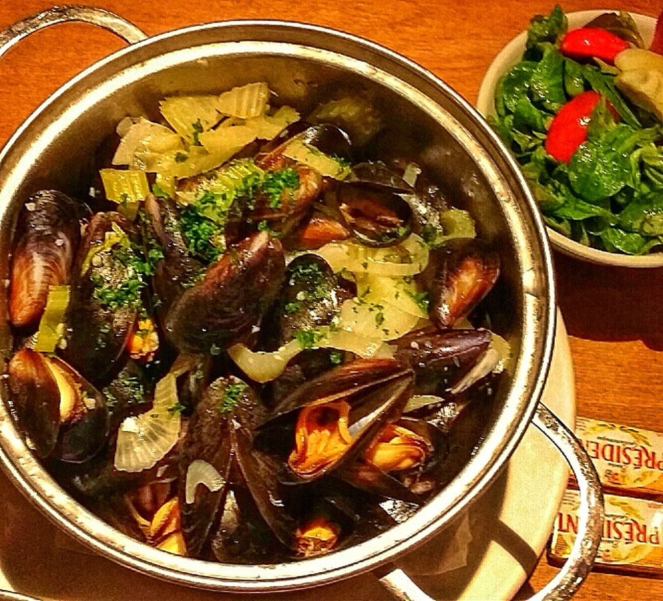 Gone in 15 minutes 1 Kg Mussels Belgo Food Photography London