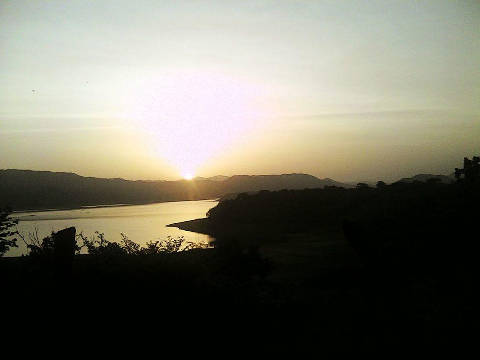Lago Suchitlan La bellesa de un nuevo amanecer. ( SUCHITOTO, CUSCATLAN, EL SALVADOR) First Eyeem Photo