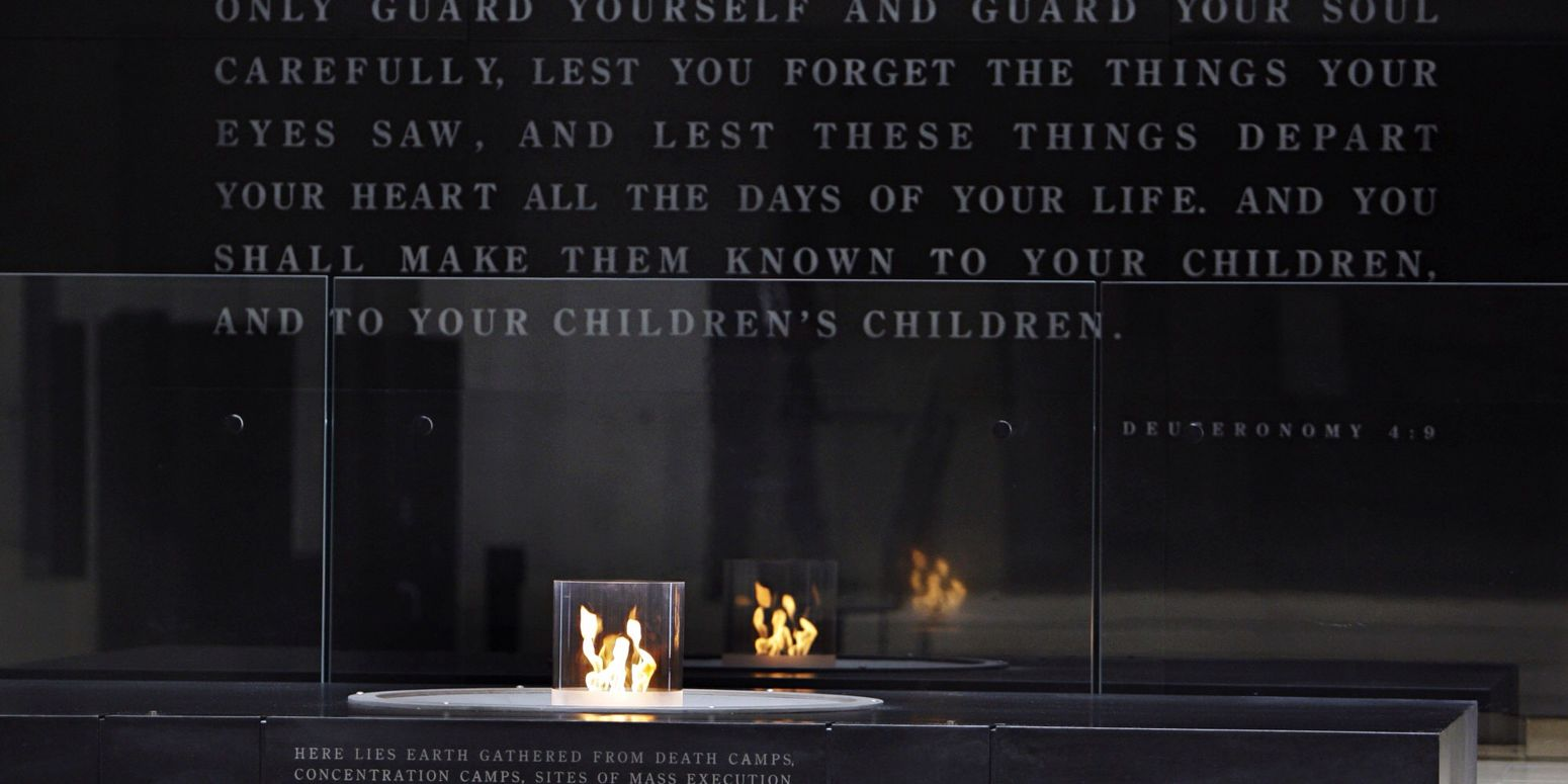 Holocaust Memorial Never Forget Holocaust Holocaust Memorial Tragedy Senseless All That's Needed For Evil To Succeed Is Good Men To Do Nothing