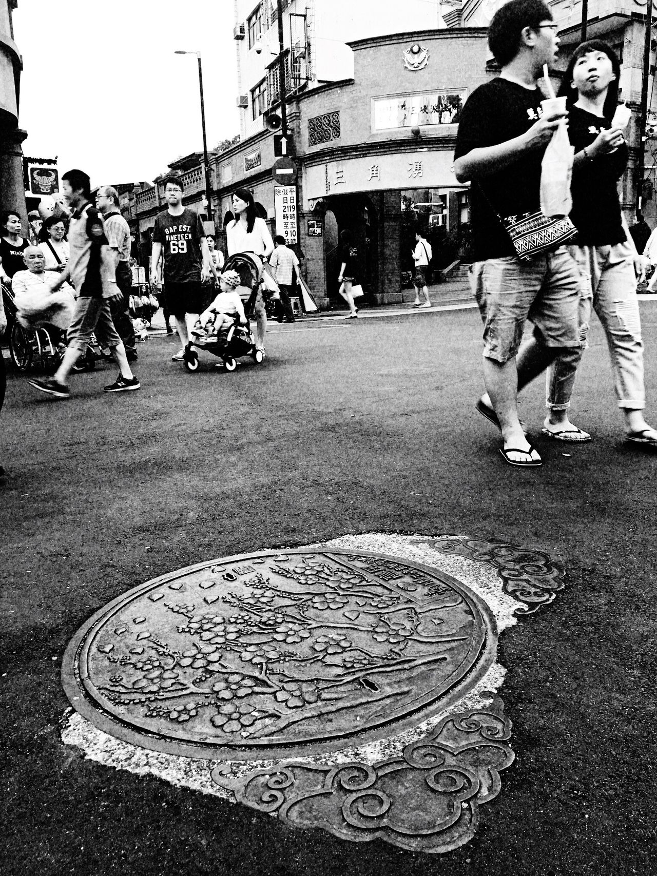 Pattern。 EyeEm Gallery EyeEm Best Shots - Black + White The Tourist Taking Photos Everything In Its Place Street Photography TOWNSCAPE How Do We Build The World? Street Sanxia