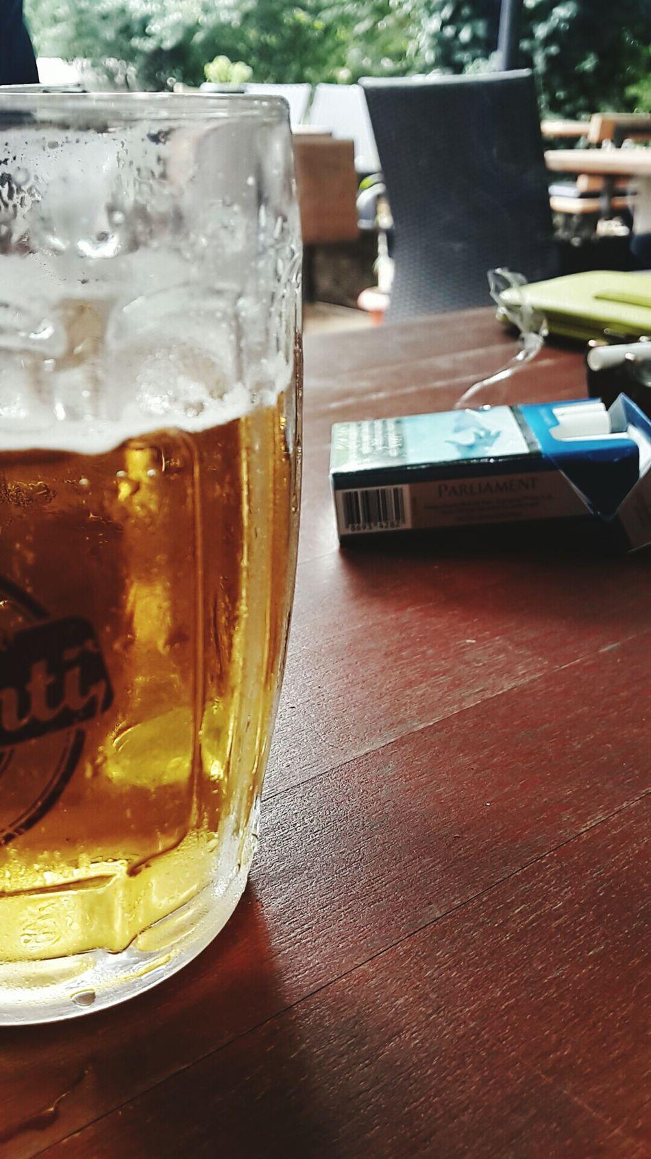 Beer Smoke People Watching Enjoying Life FreeTime Hanging Out